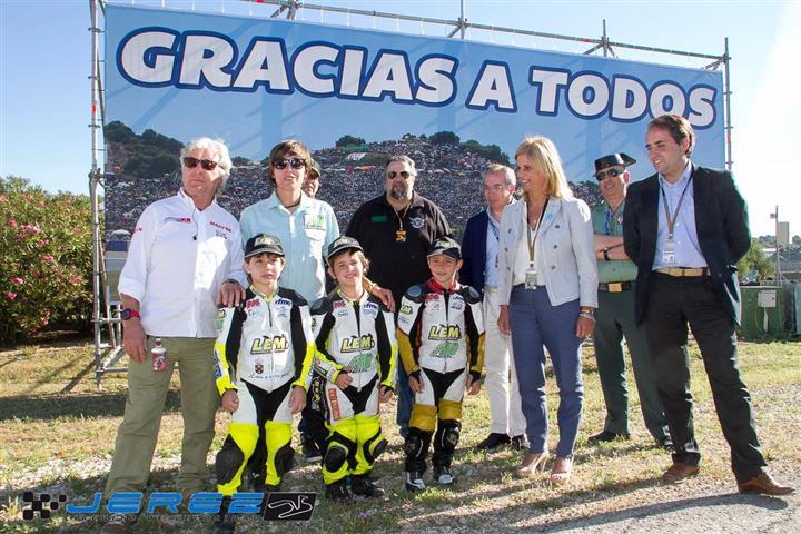 La escuela AHO invitada a la inauguración del renocimiento a la afición en Circuito de Jerez